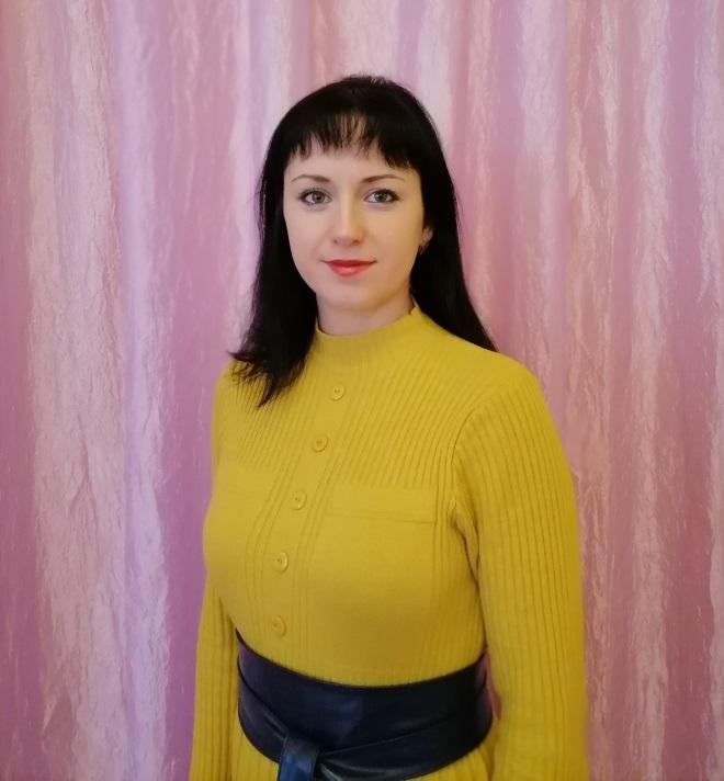 Работа девушке моделью таштагол работа в москве девушкам из киргизии